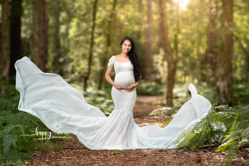 Pregnancy photographer London