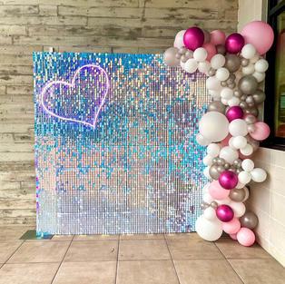 Unicorn Shimmerwall with Balloon Garland