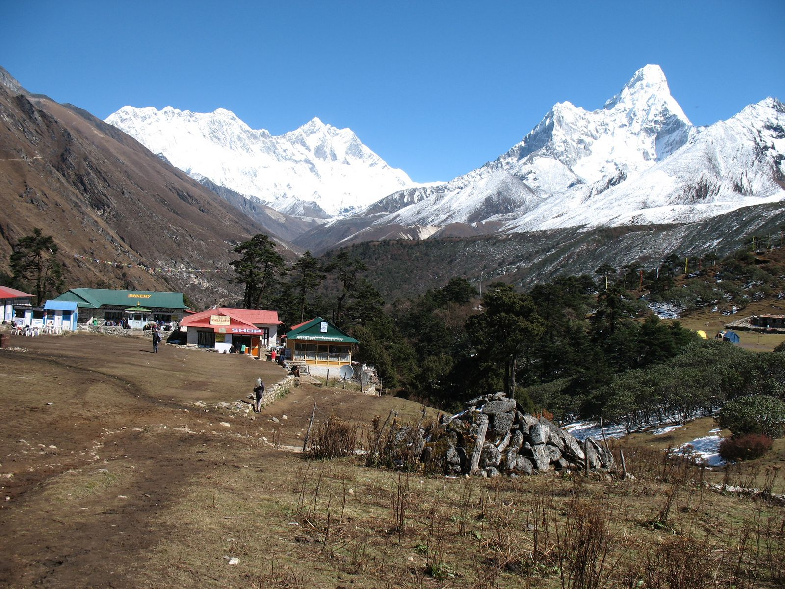 Ammadablam view form thyangbucge