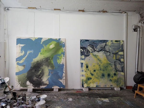 Studio ALTE LEDERFABRIK BERLIN mit Gemälden