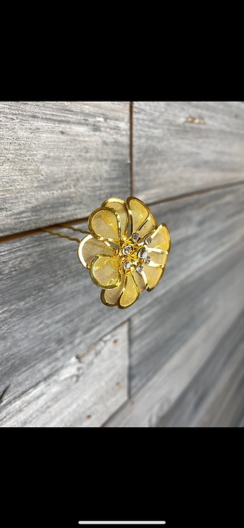 Yellow Gold Flower Pin
