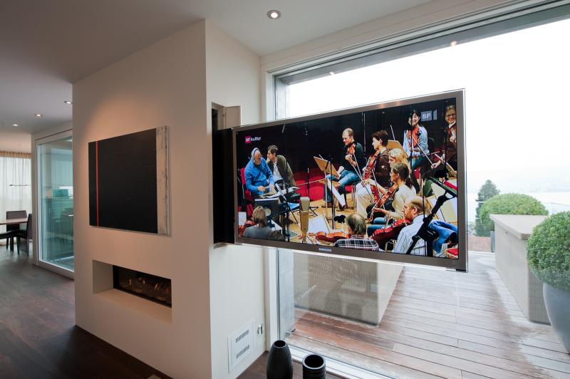 Fernseh-Vollauszugkonstruktion