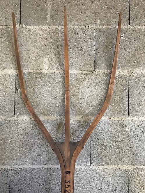 Grande fourche à foin 19eme siècle ref 3537