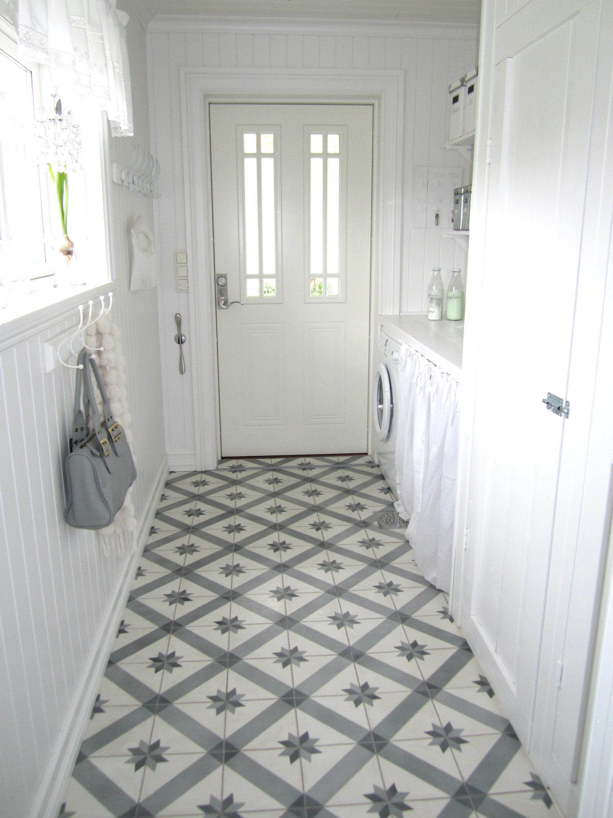 Tile decals quadrostyle vinyl floor tile sticker gustavian quadrostyle offers you a new way to renovate your floors without hiring a tradesman our vinyl floor tile stickers are designed to cover your old floor dailygadgetfo Choice Image