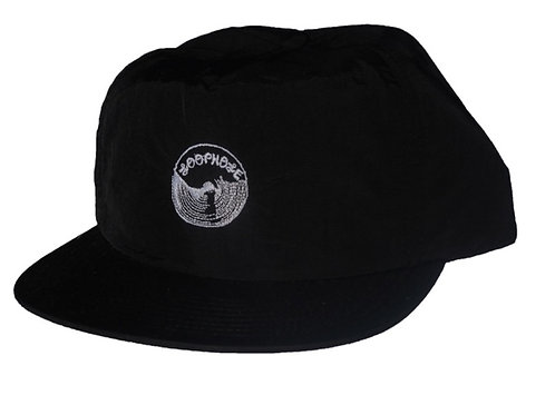- EMBROIDERED LOGO- snapback deep fit