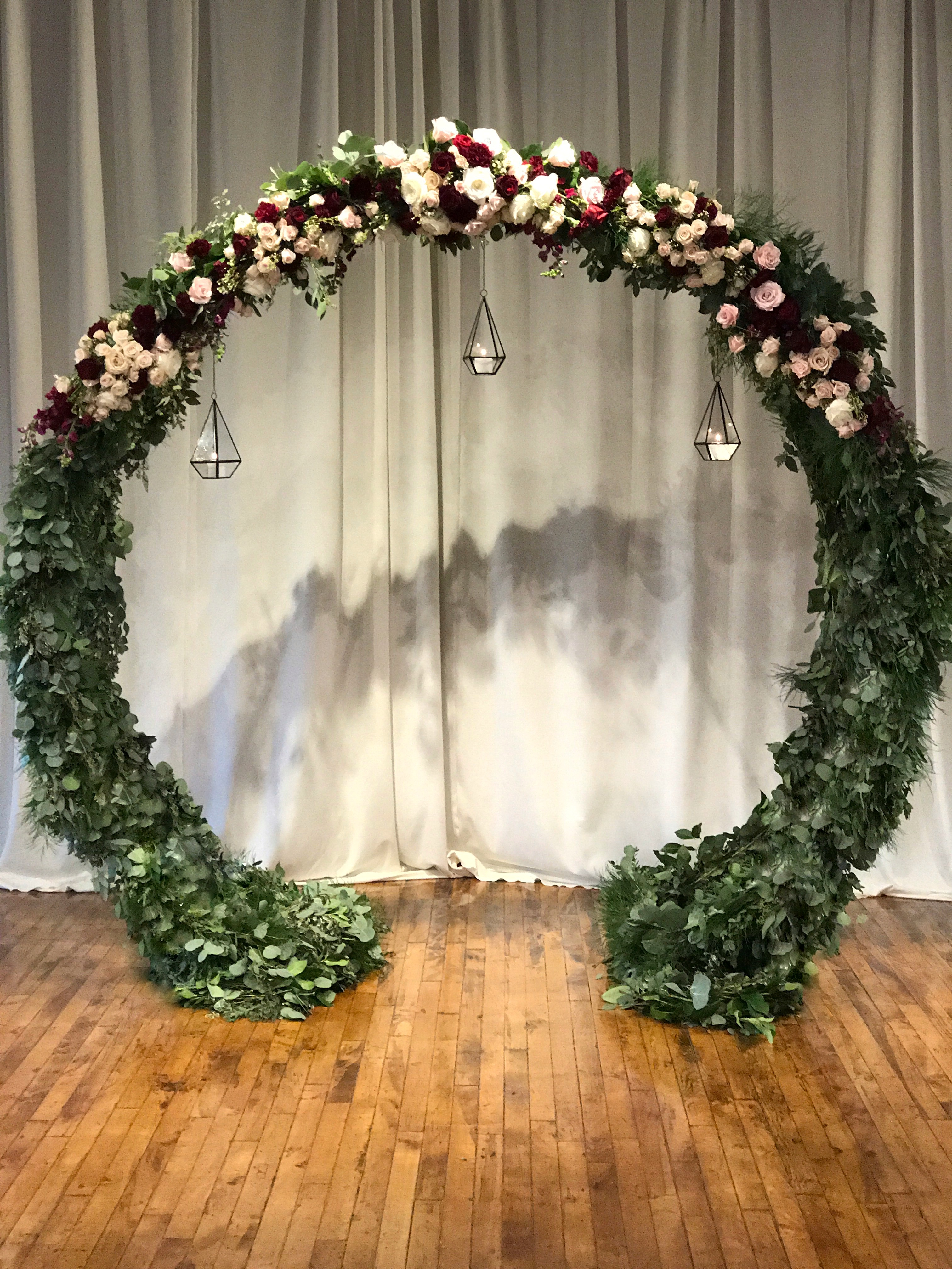 Circle Arch Altar