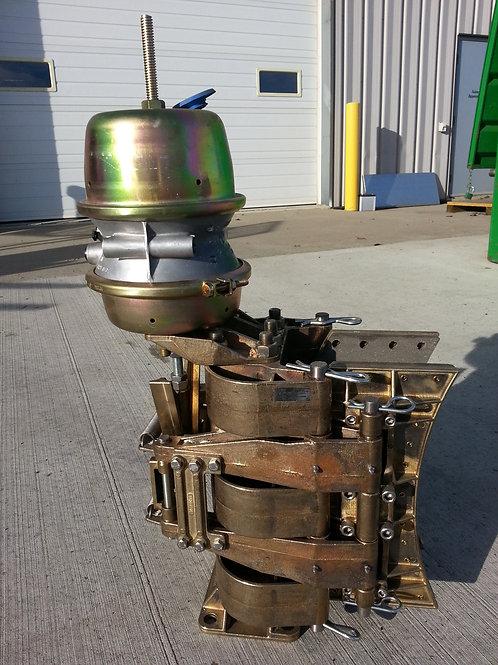 Kobelt caliper with brake pot