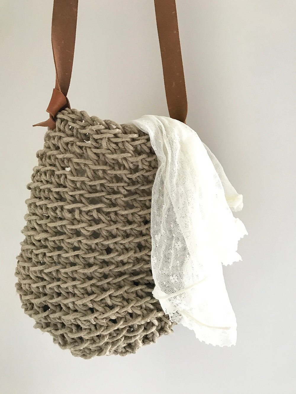 crochet flax linen and leather bag workshop