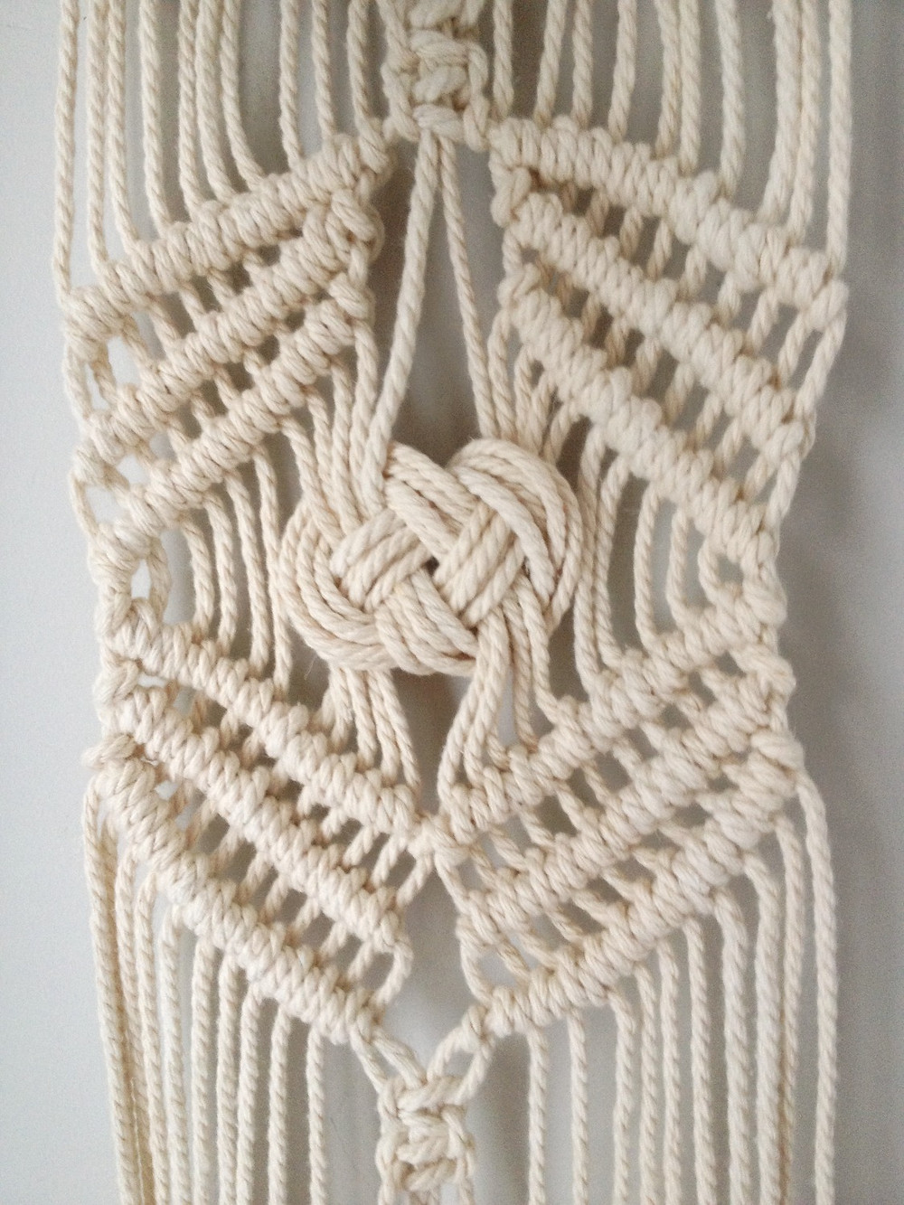 Josephine knot macrame