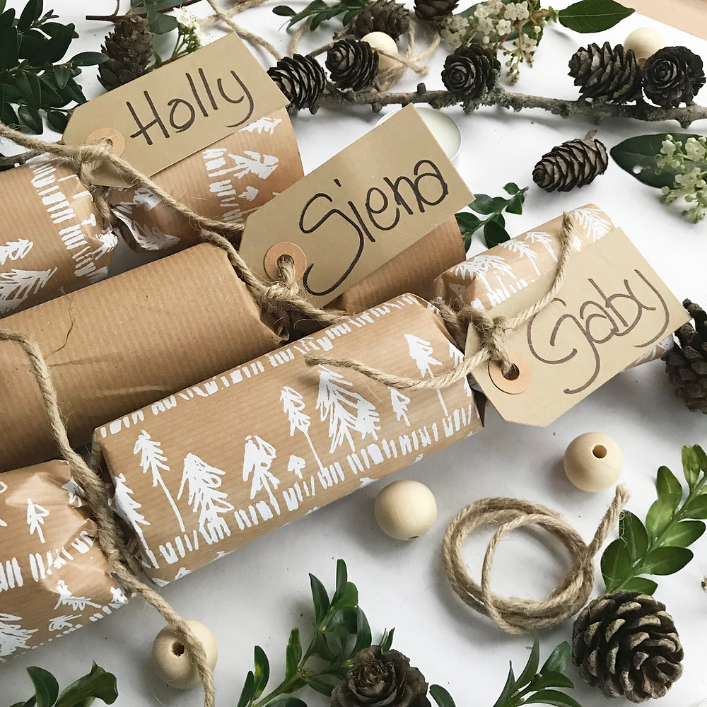 examples of finished hand made Christmas crackers