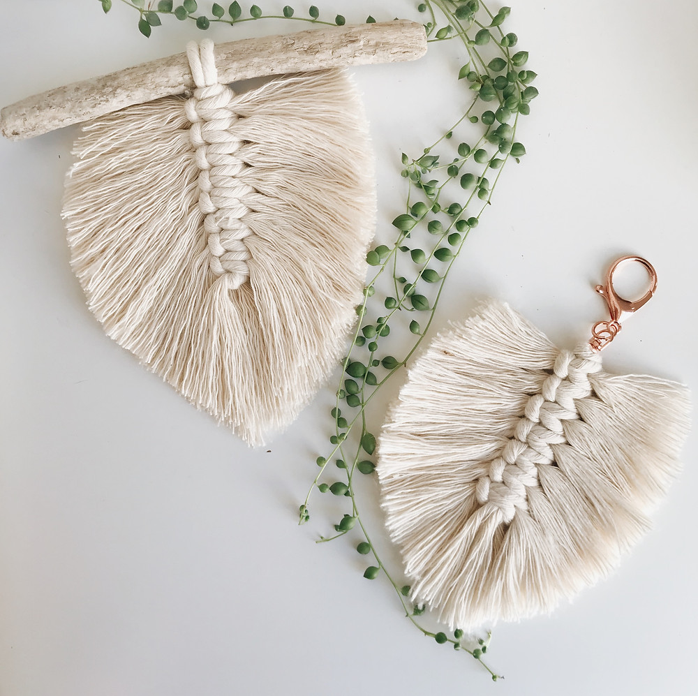 Isabella Strambio macrame feather tutorial