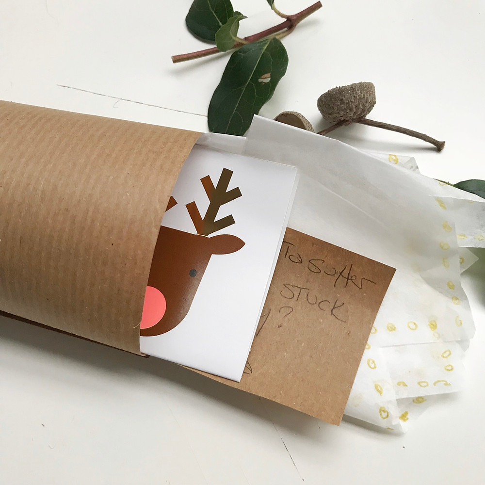 add present, joke and Christmas hat to your cracker