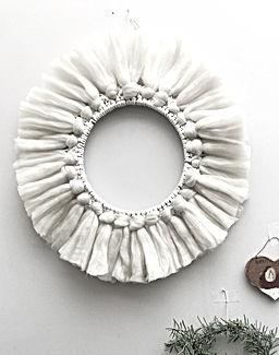 TwoMe macrame wreath_.jpg