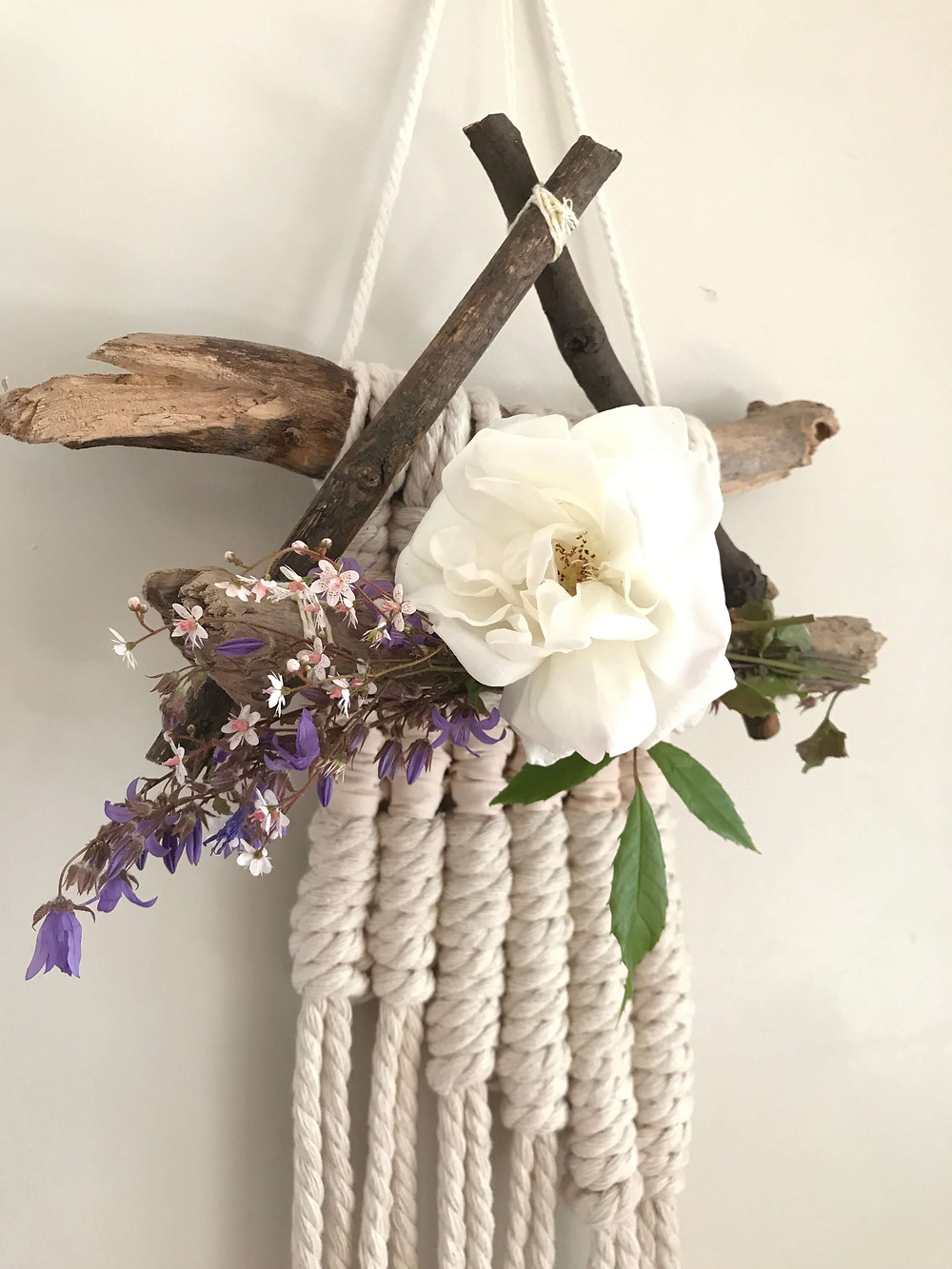 triangle wreath with a macrame