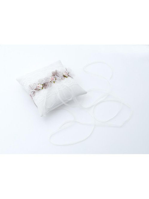 Ivory/Taupe Satin Ring Cushion