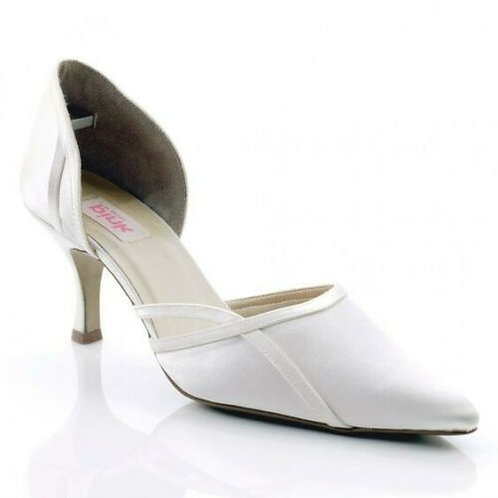 White Tulip Court Shoe