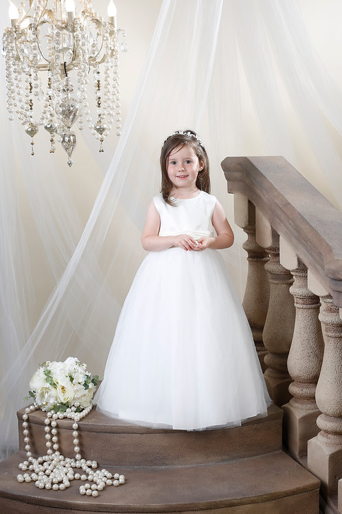 Hilary Morgan Flower Girl Dress: Style FG008