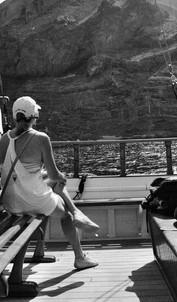 Sailing to Nea Kameni