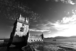 Belém Tower with an amazing sunset