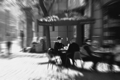 London-Paris Neighborhood