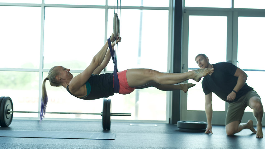 Full-Front-Lever-Coach-Grace-Rockwell-Cl