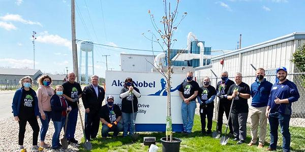 AkzoNobel-Tree-Planting-copy.jpg