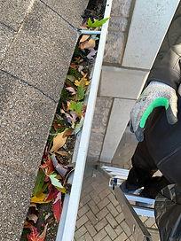 Como Maintenance Gutter Cleaning.JPG