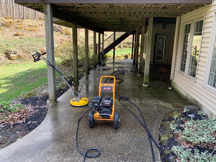 Como Maintenance pressurewashing service