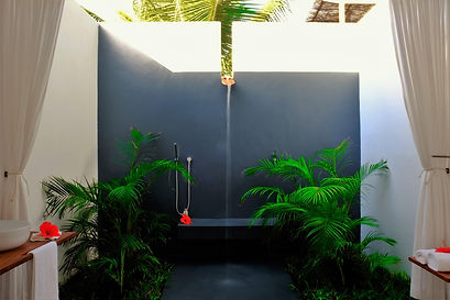 outdoor shower mozambique