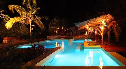 Mozambeat motel Tofo swimming pool