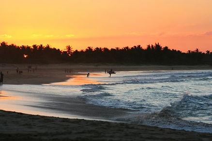 sunset guinjata bay