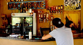 mozambeat motel tofo bar