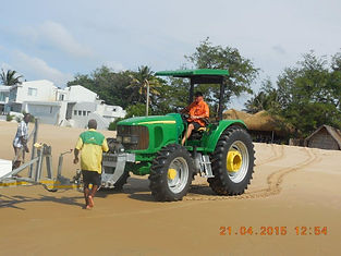 Launching with tractor Tofo