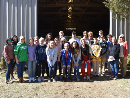 "8th Grade ""Urban Plunge"" Visits the Barn"