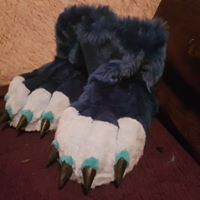 dragon feetpaws with large fimo claws