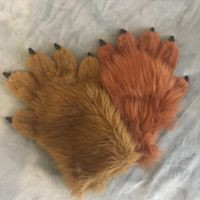 hand paws caramel and amber