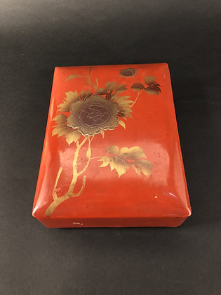 Lacquer Box [M-B 158]