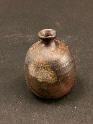 Small vase, Bizen  [H-V 1066]