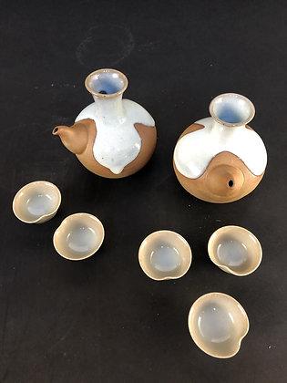 Seto Sake Set (two tokkuri and five cups) [DW-C 134]