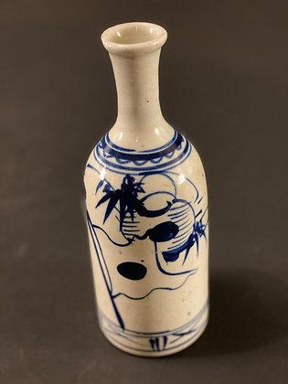 Sake Bottle, Imari  [H - B 1099]