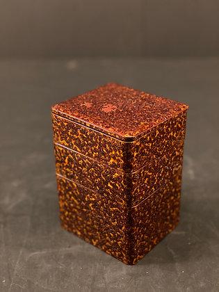 Lacquer box, Wakasa  [DW-J 1101]