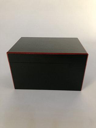 Lacquer Box [M-B  121]