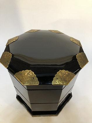 Lacquer Box [M-B 116]