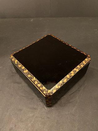 Makie Box, 19th C  [DW-B 1209]