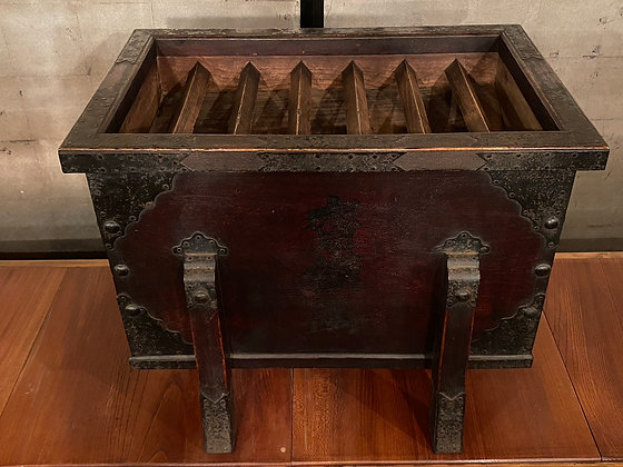 Temple Collection Box  [F-T 1049]