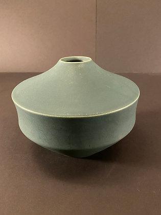 Japanese Vase [H-V 1045]