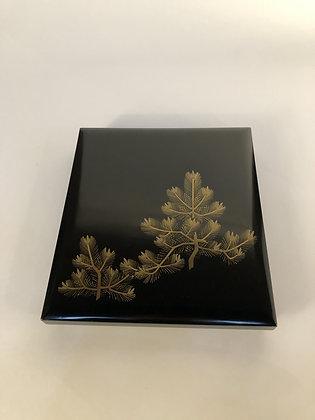 Lacquer Box [M-B 122]