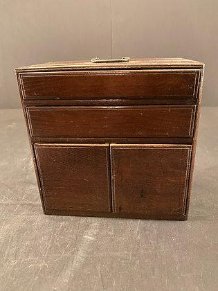 Chestnut Box  [M-B 1106]