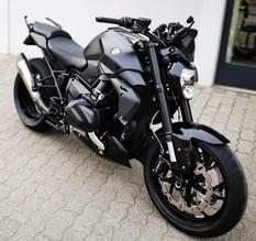 BMW R1250R Black Umbau.jpg
