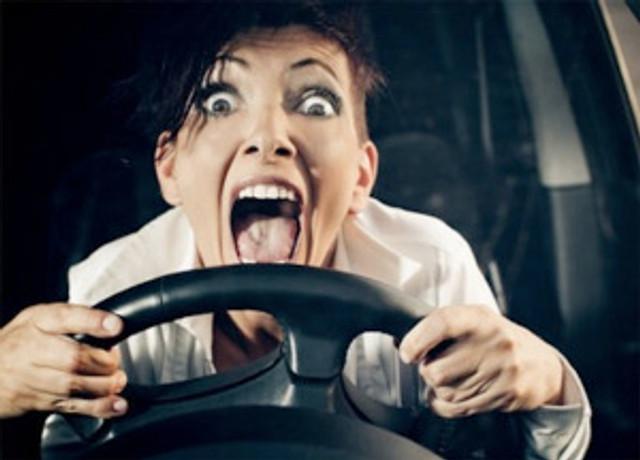 crazy-woman-driver